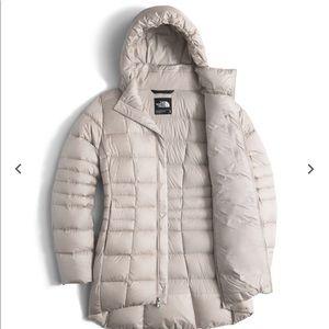 NWOT Northface Transit II jacket